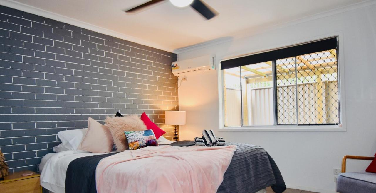 Дом для отпуска  Grey Brick Apartment  - отзывы Booking