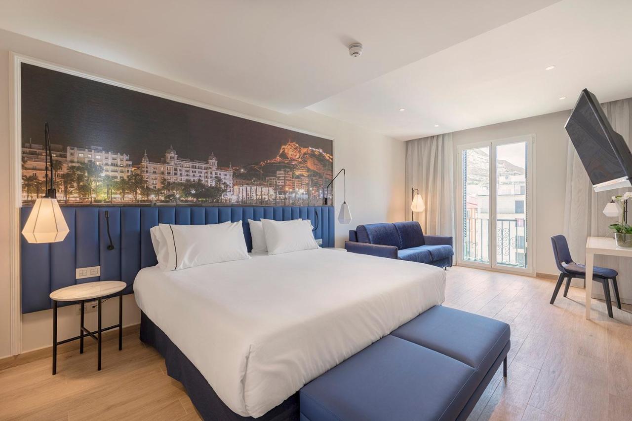 Отель  Отель  Eurostars Mediterranea Plaza