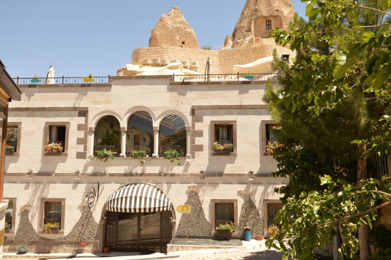 Отель типа «постель и завтрак»  Grand Elite Cave Suites