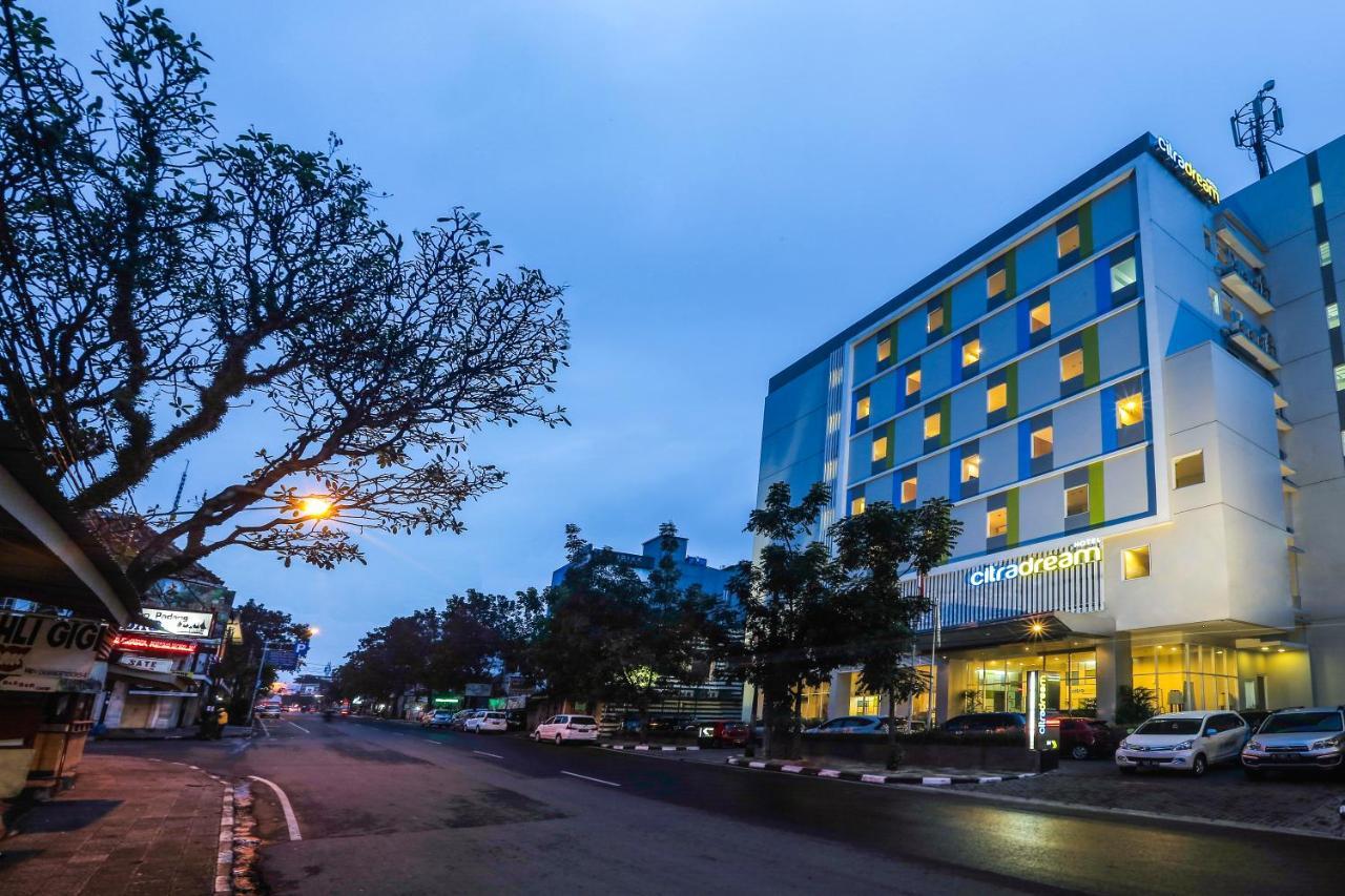 Отель  Отель  Hotel Citradream Bandung