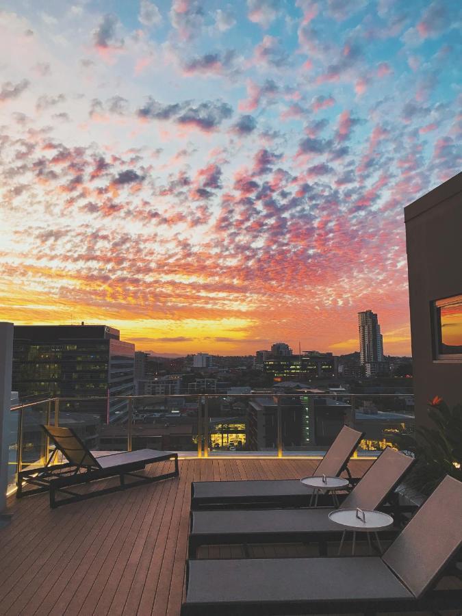 Отель  Alex Perry Hotel & Apartments  - отзывы Booking