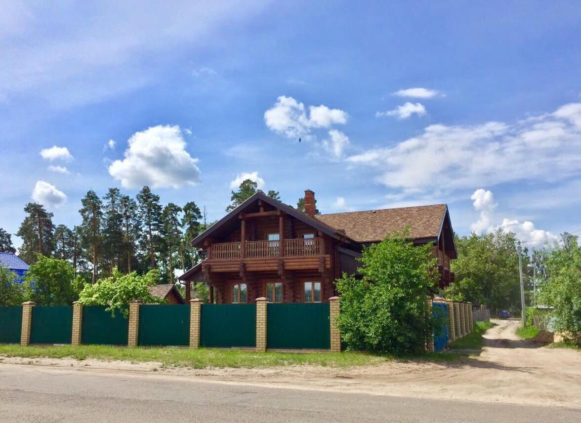 Дом для отпуска  Коттедж у берега р.Волга
