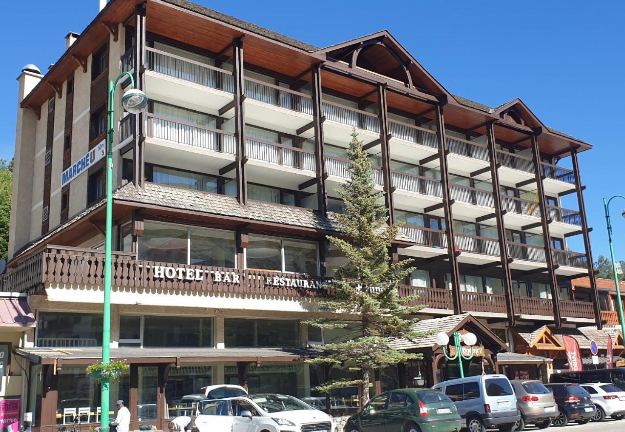 Отель  Hotel La Brunerie