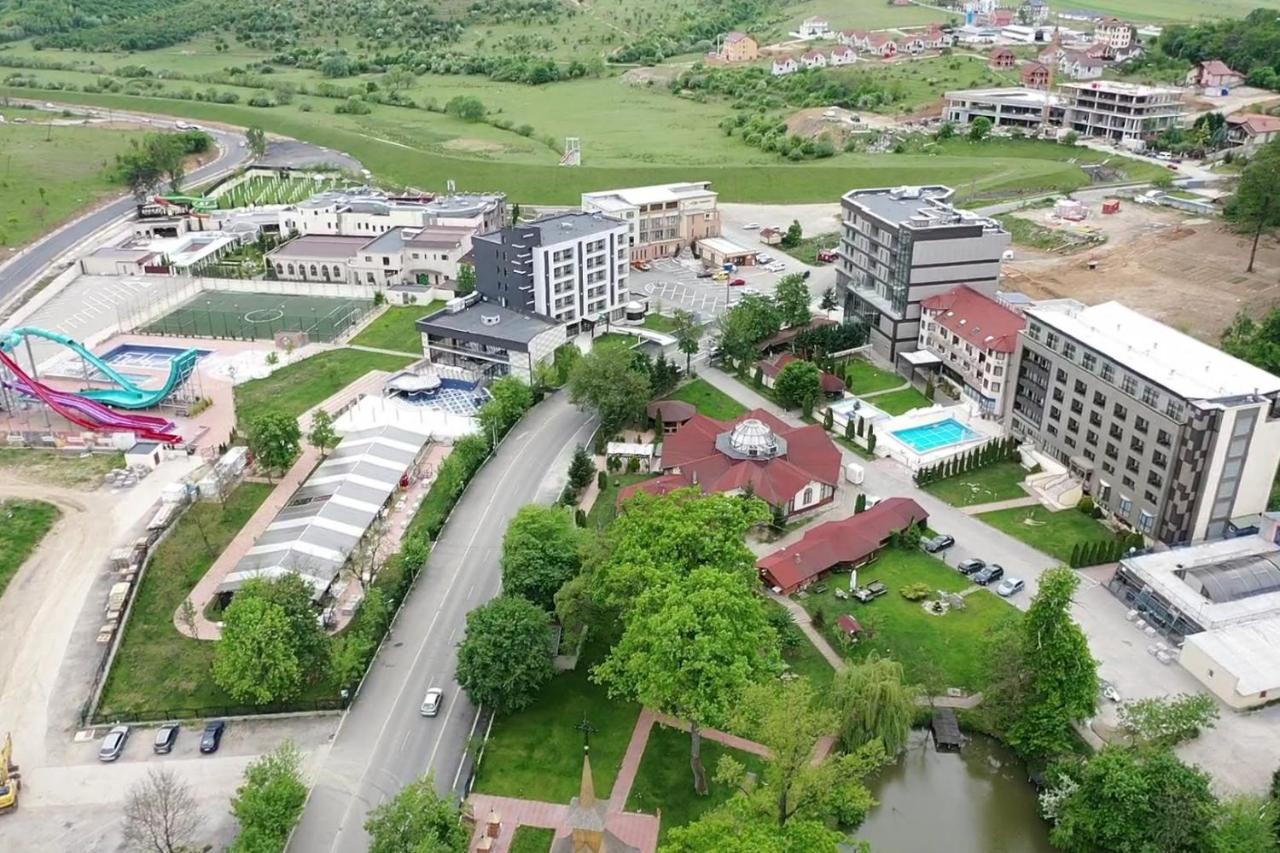 Отель Hotel President - отзывы Booking
