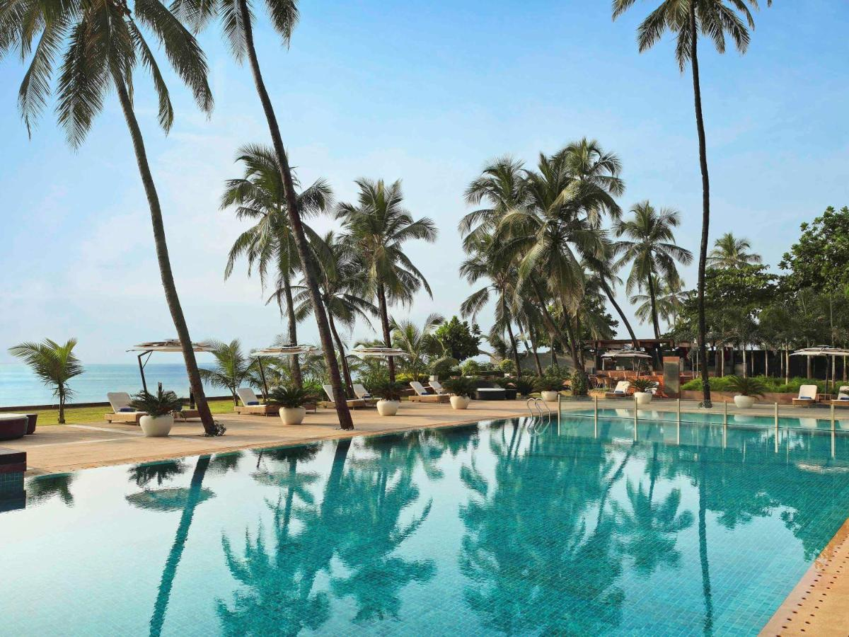 Отель  Novotel Mumbai Juhu Beach  - отзывы Booking