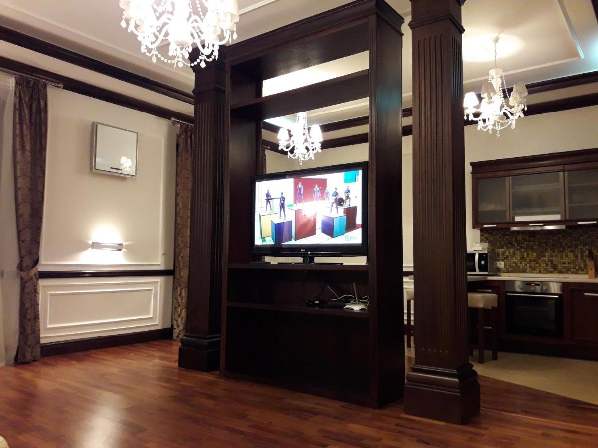 Апартаменты/квартира  VIP apartment. Kreshatik, Maidan Nezavisimosti.  - отзывы Booking