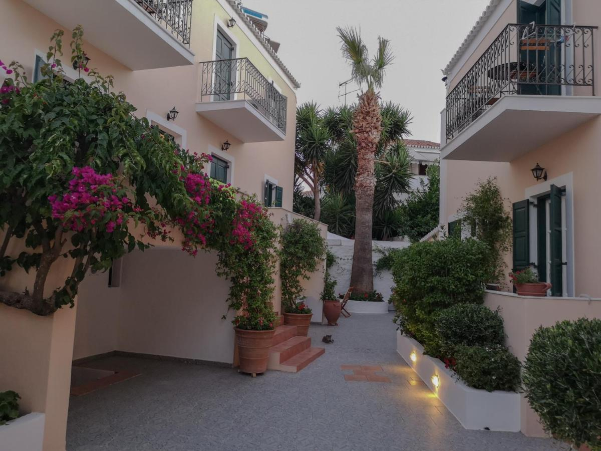 Twin House, Spetses – Updated 2020 Prices
