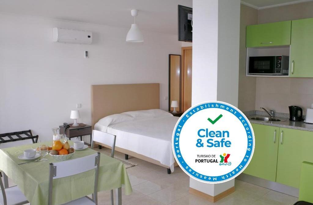 Апарт-отель  Apartamentos Mirante da Rocha  - отзывы Booking