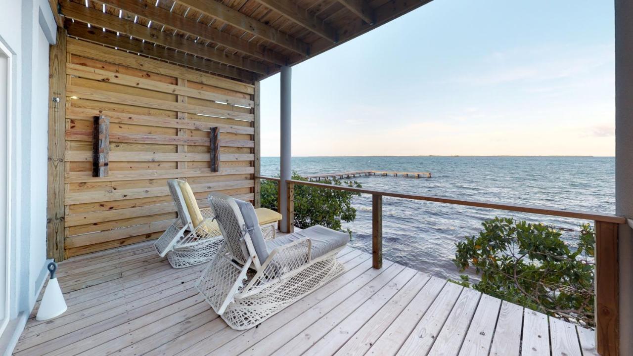 Курортный отель  Курортный отель  Thatch Caye Resort A Muy'Ono Resort