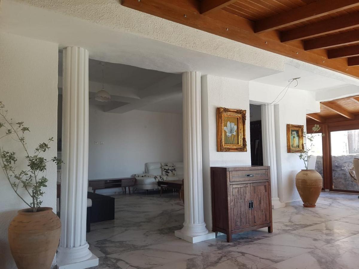 Отель типа «постель и завтрак»  Luxury Bodrum vacation villa airoport  - отзывы Booking