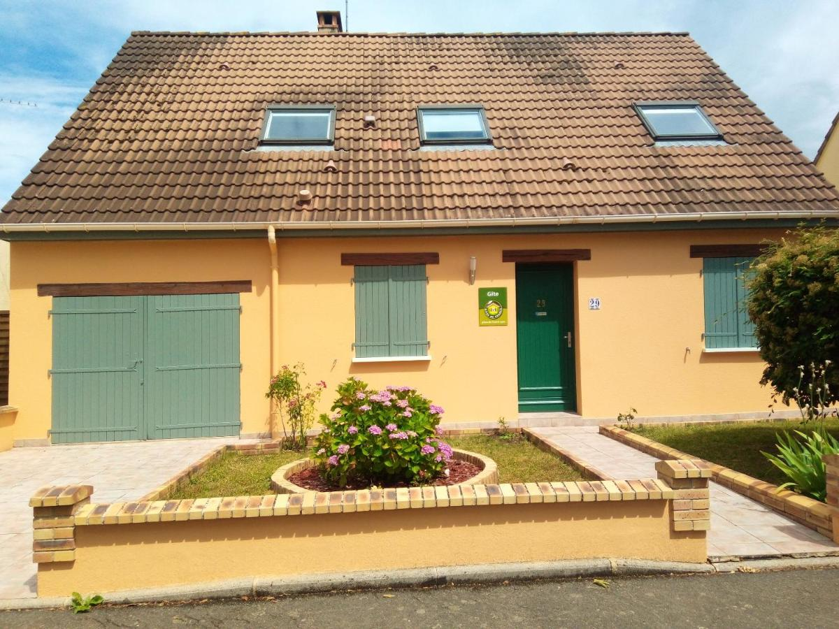 Дом для отпуска  House with 4 bedrooms in Le Mans with enclosed garden and WiFi 30 km from the beach  - отзывы Booking