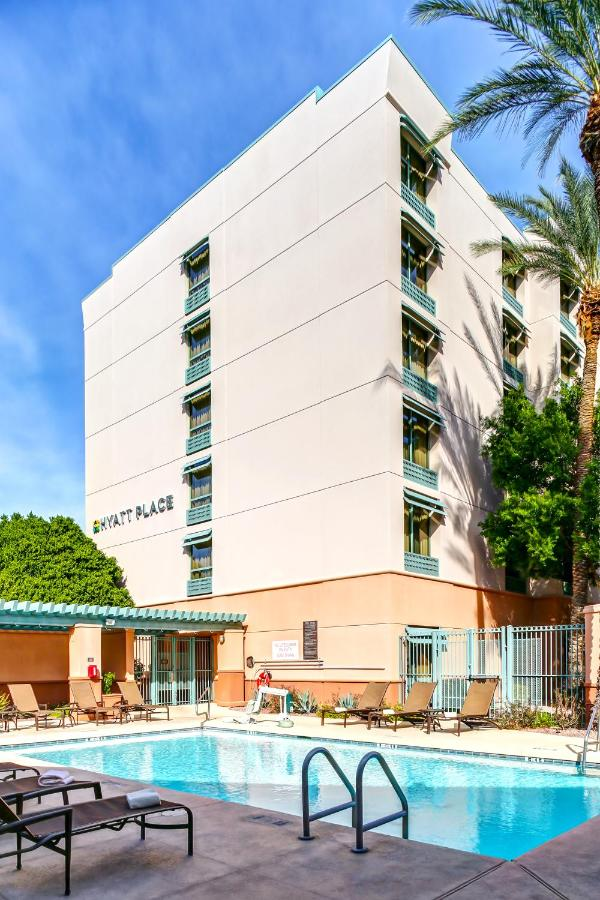 Отель  Hyatt Place Scottsdale/Old Town