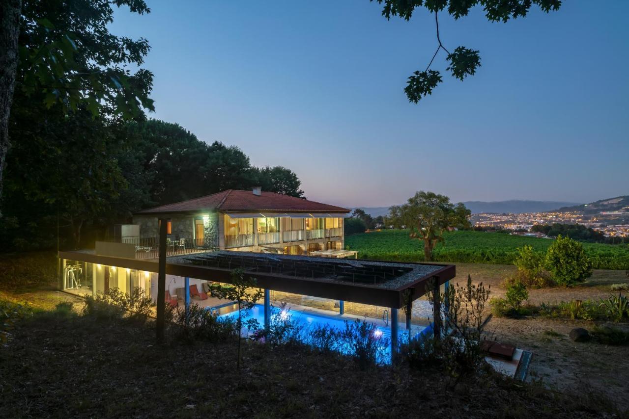 Дом для отпуска  Quinta De Semelhe - Casa Com Piscina Aquecida