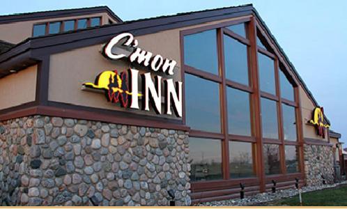 Отель Отель C'mon Inn & Suites Fargo