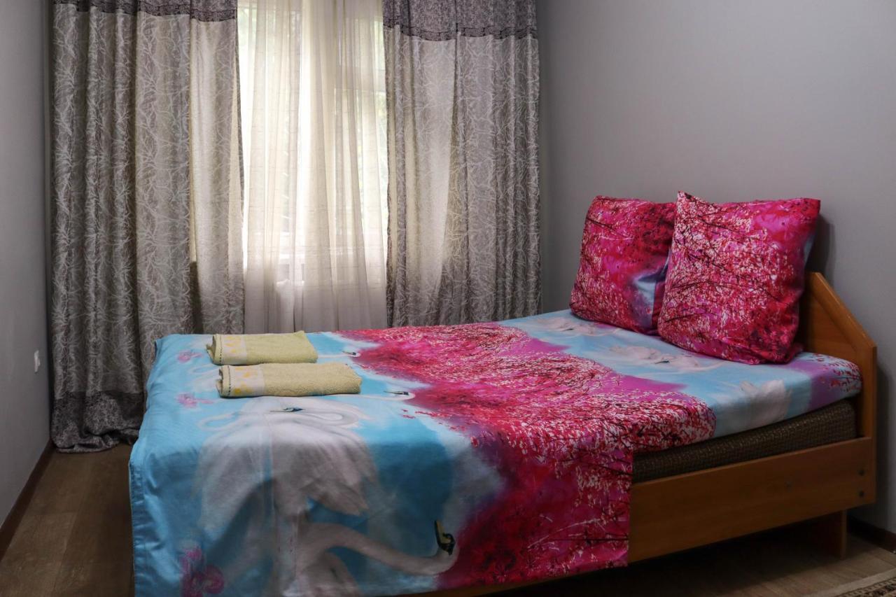 Апартаменты/квартира  Apartments On 8 Microdistrict, 29