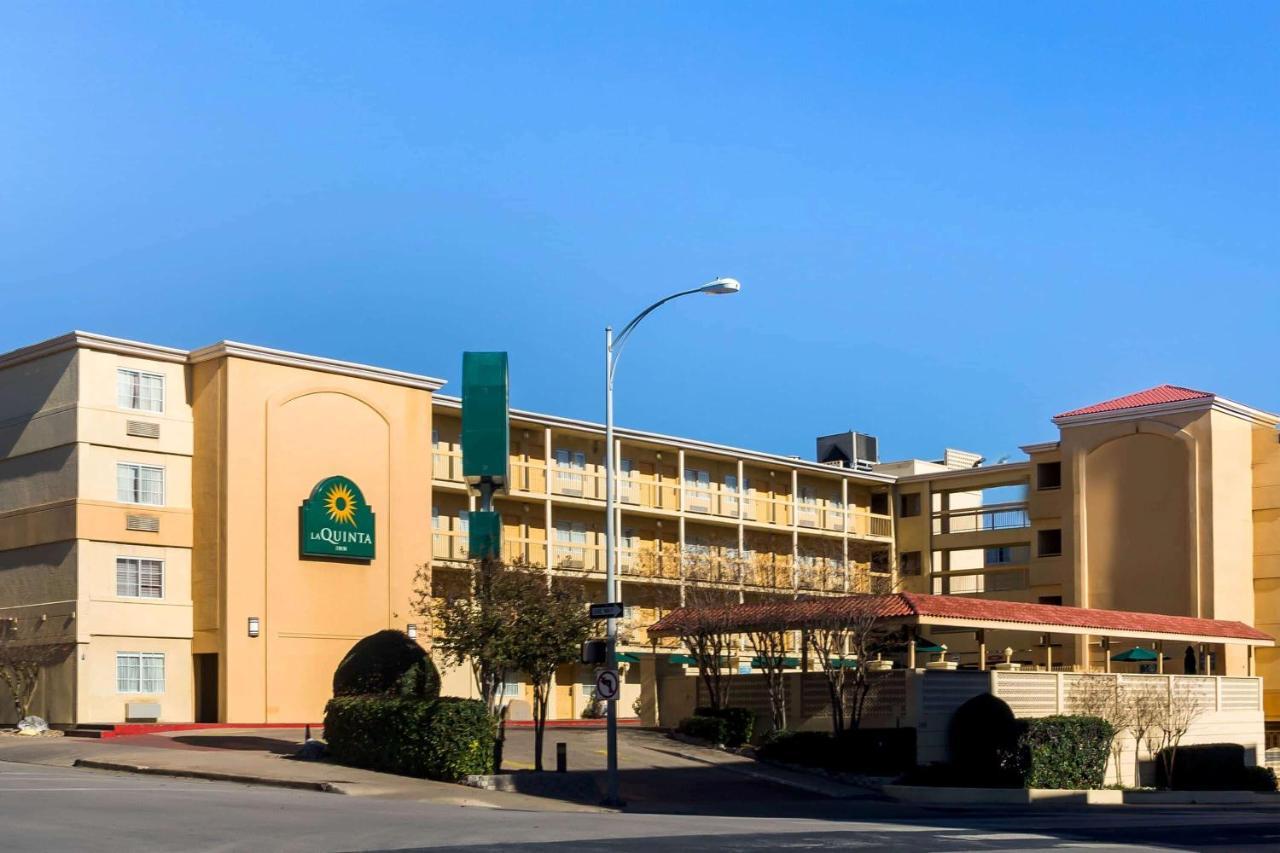 Отель  Отель  La Quinta Inn By Wyndham Austin Capitol / Downtown