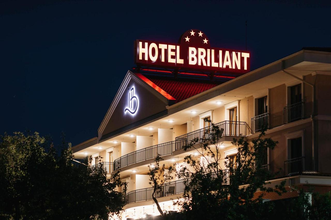 Фото Отель Hotel Briliant