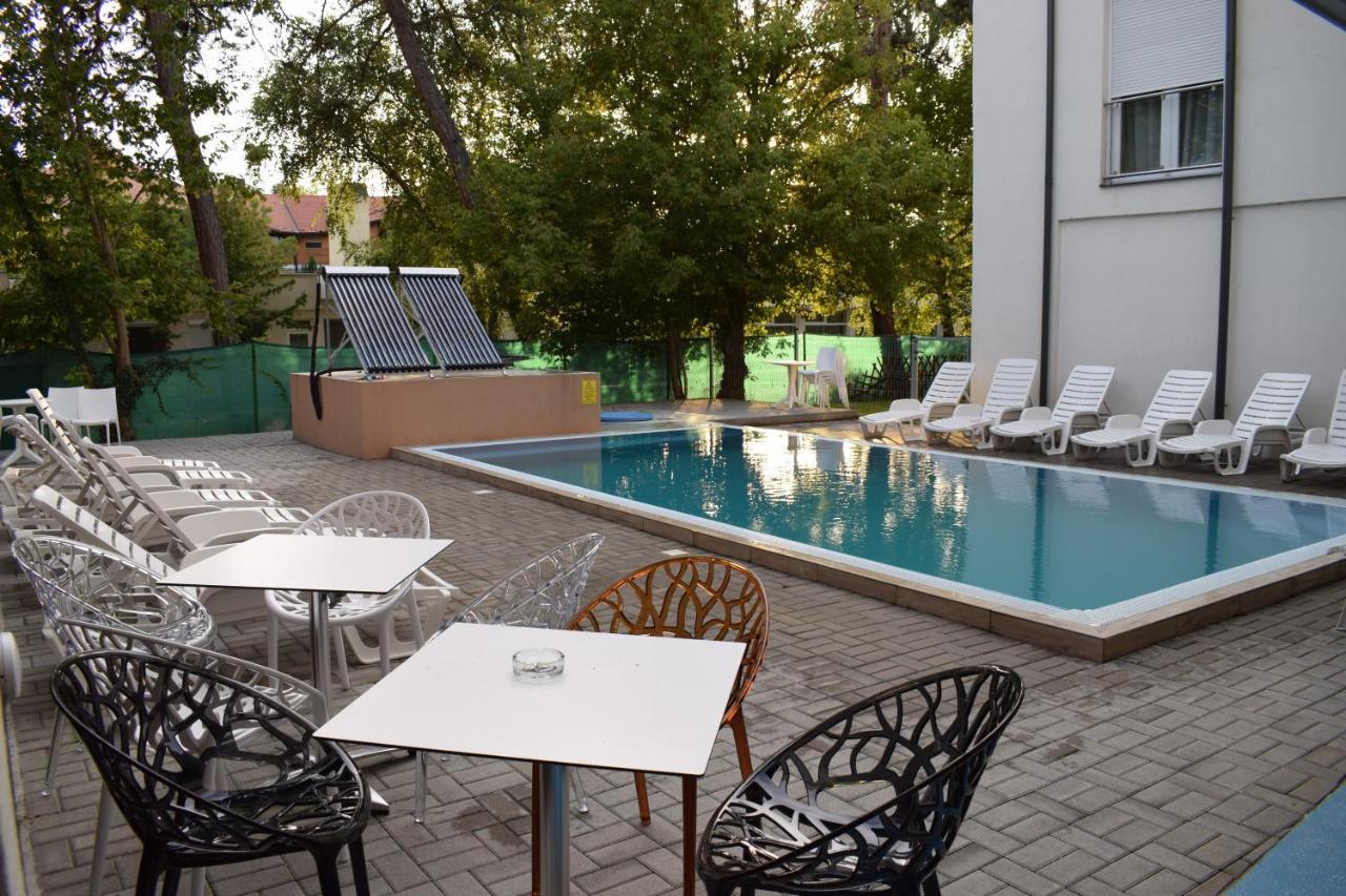 Lido Riviéra, Relux Apartman Balatonlelle, Hungary