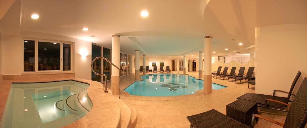 Фото  Отель  Hotel Grones