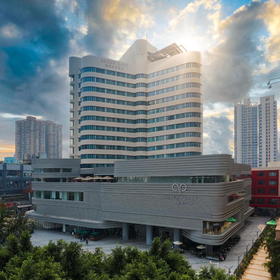 Отель  Отель  Amber East Hotel