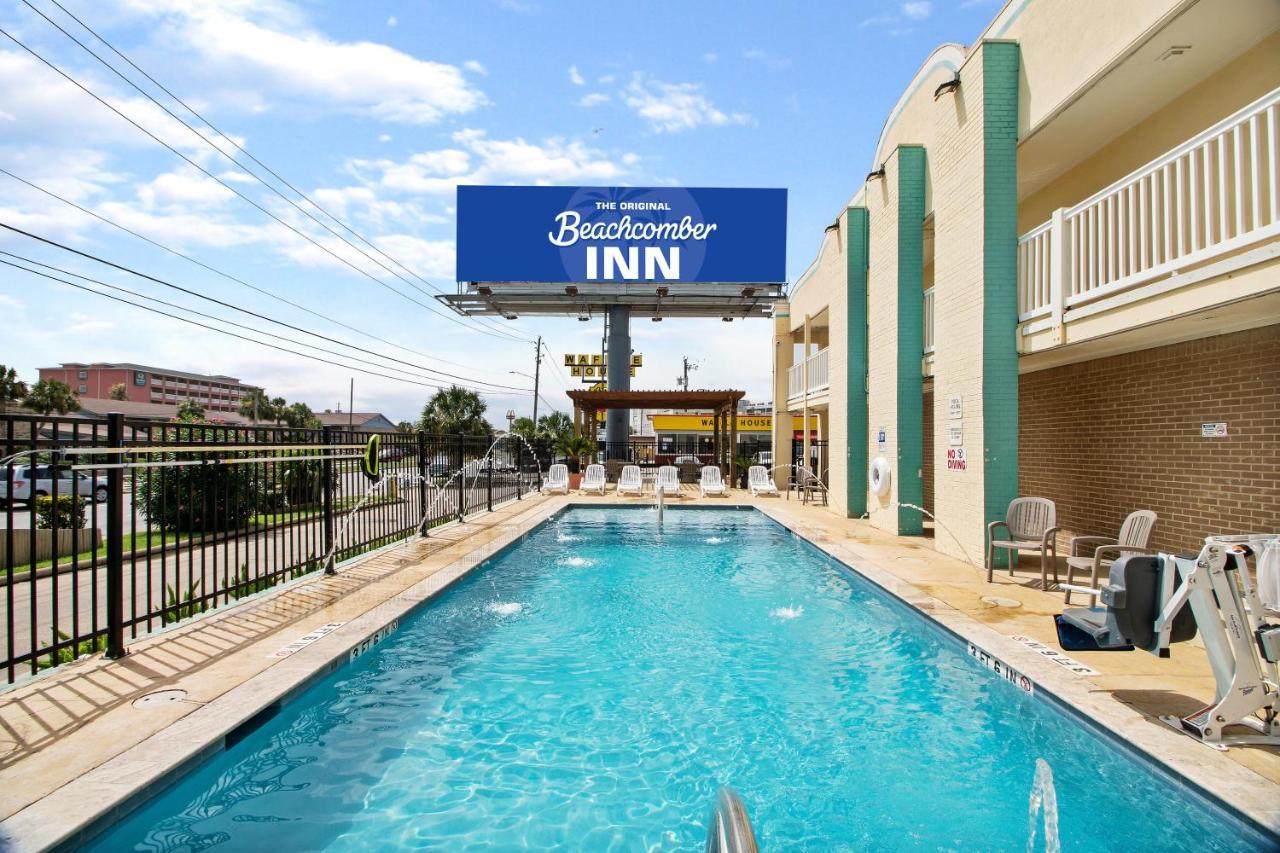 Мотель  Beachcomber Inn By The Beach