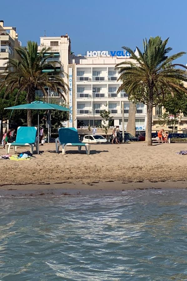 Отель  Hotel Vela  - отзывы Booking