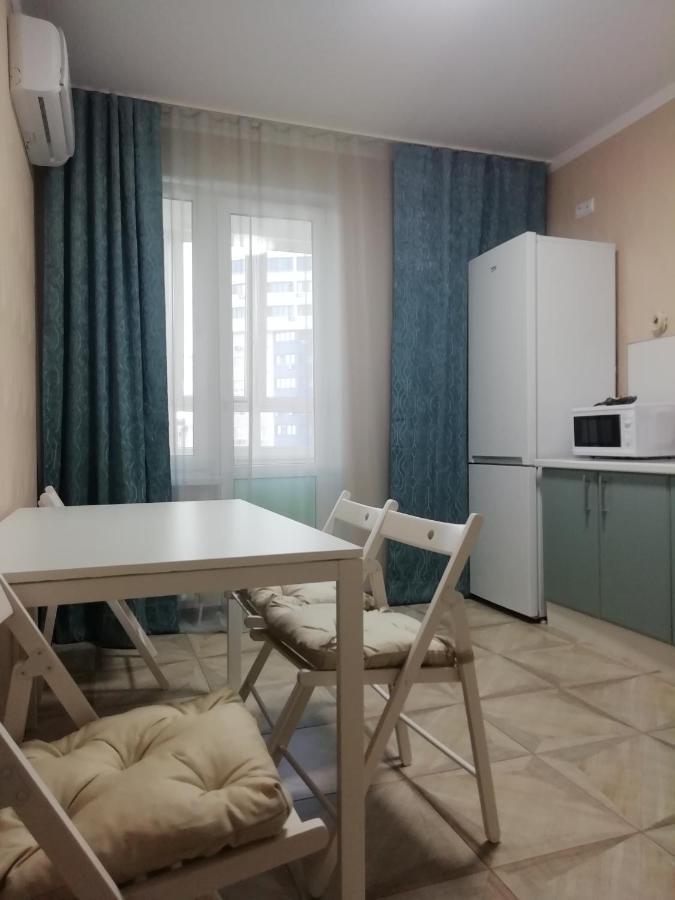 Апартаменты/квартира  1 комнатная квартира на Астраханской
