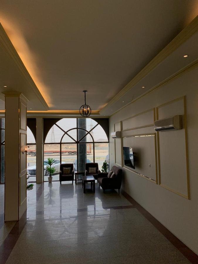 Отель  Radiha Hotel Suites
