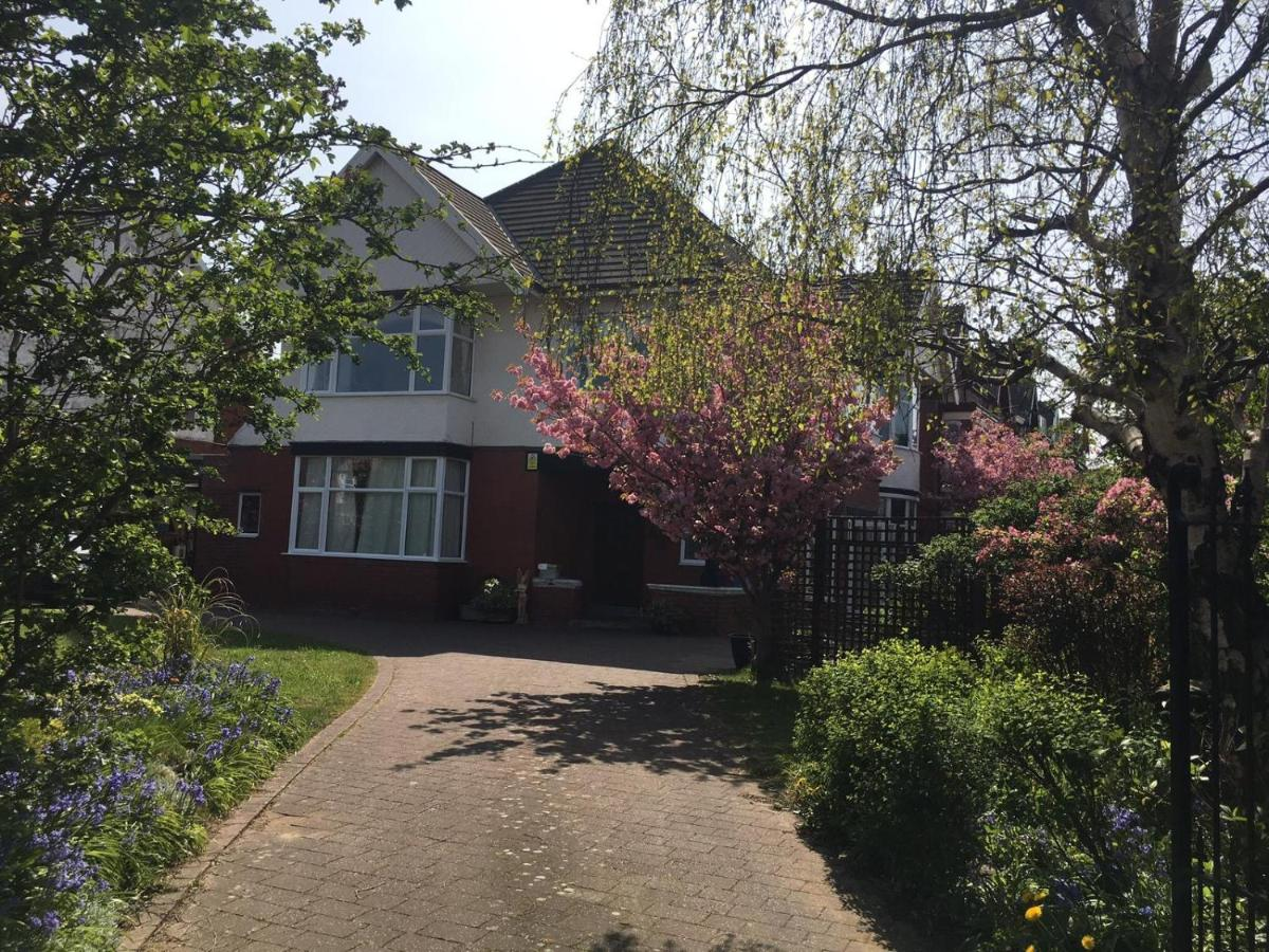 Дом для отпуска  Blackpool Abode – The Blossom House  - отзывы Booking