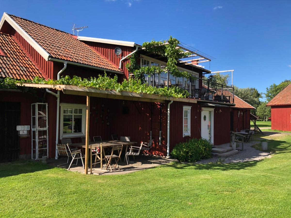 Фермерский дом  Äventyrsgårdens Vandrarhem, Kinnekulle