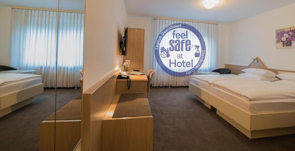 Отель  Hotel Am Wasen