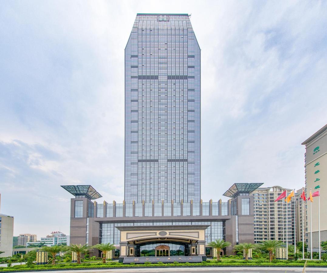 Отель  Отель  惠州好益康酒店