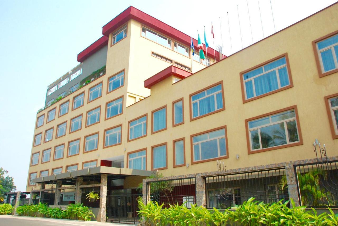 Отель  Отель  Kiriri Garden Hotel