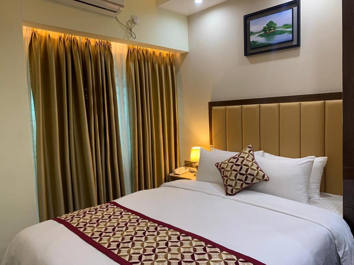 Отель  Royal Inn Dhaka
