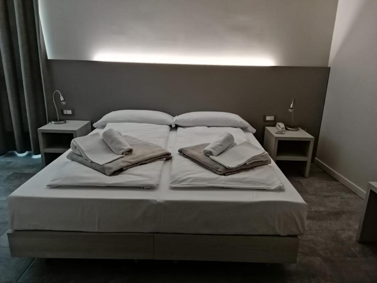 Фото  Отель  Hotel Europa