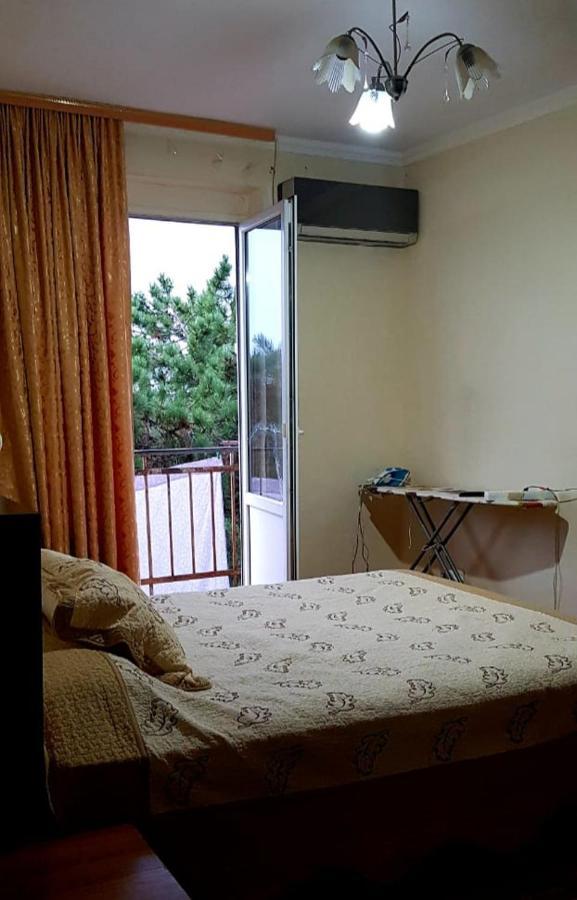 Апартаменты/квартира  Апартаменты на Лакоба есть wi fi  - отзывы Booking