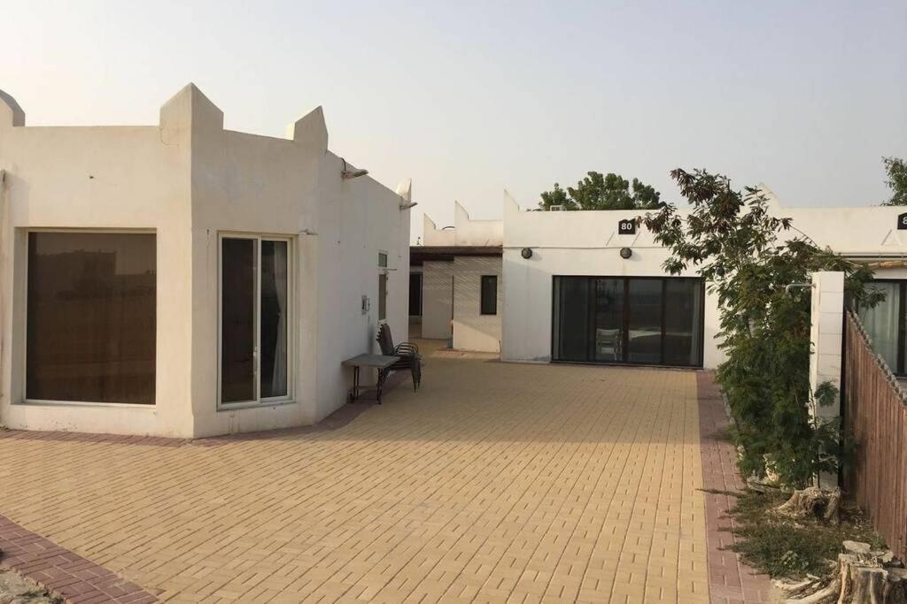 Шале  شاليه خليج الدانه golden tulip resort قرية الخليج سابقا الخبر  - отзывы Booking