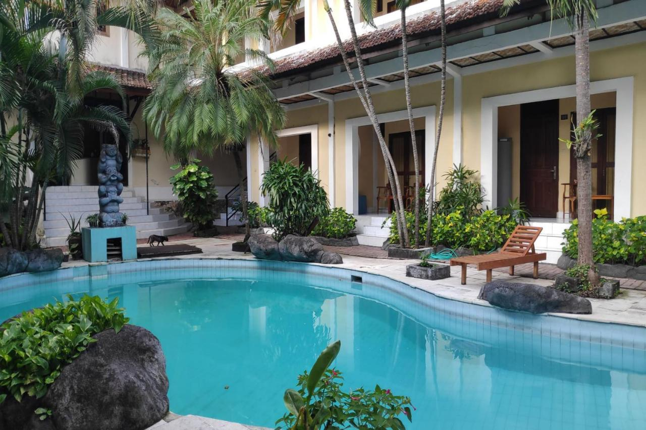 Отель  OYO 3923 Villa Puri Royan