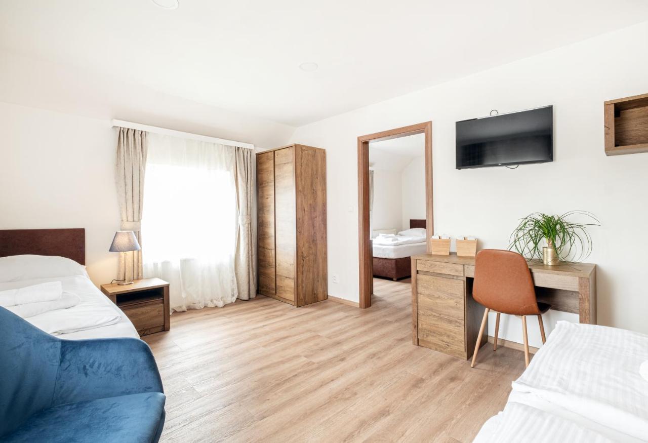 Отель  Hotel U Císaře  - отзывы Booking