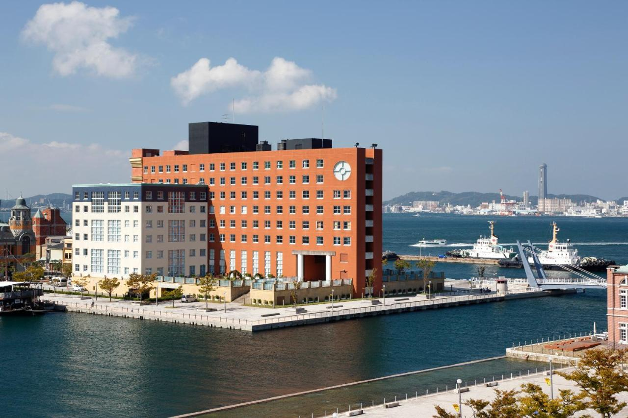 Отель  Отель  Premier Hotel Mojiko