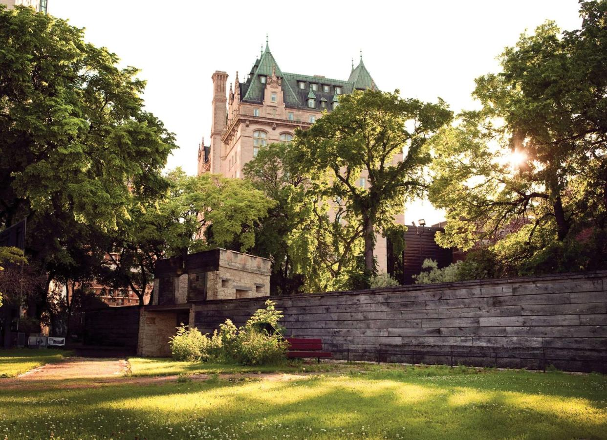 Отель  The Fort Garry Hotel, Spa And Conference Centre, Ascend Hotel Collection