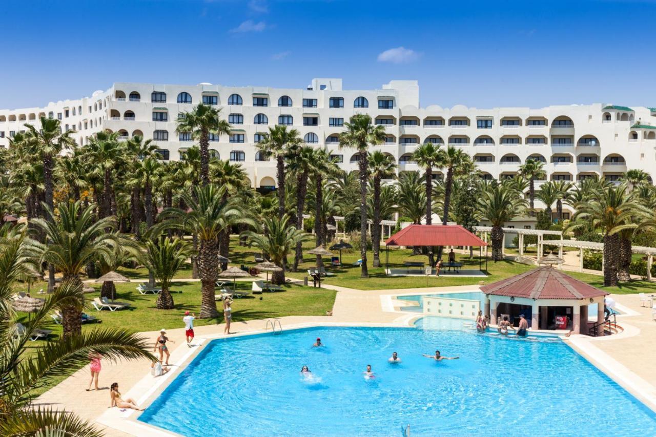 Отель  Holiday Village Manar  - отзывы Booking
