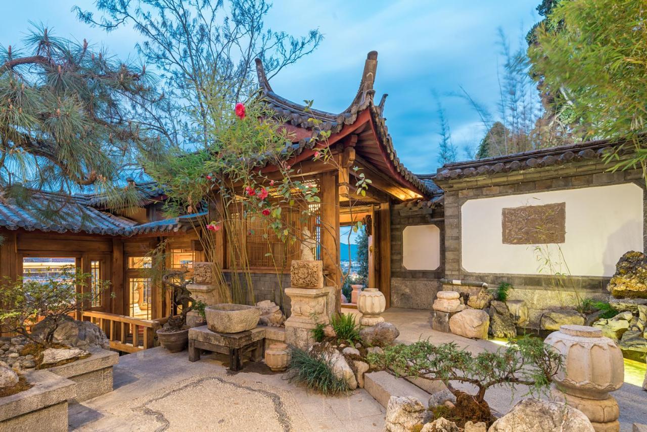 Отель  Lijiang Zen Garden Hotel