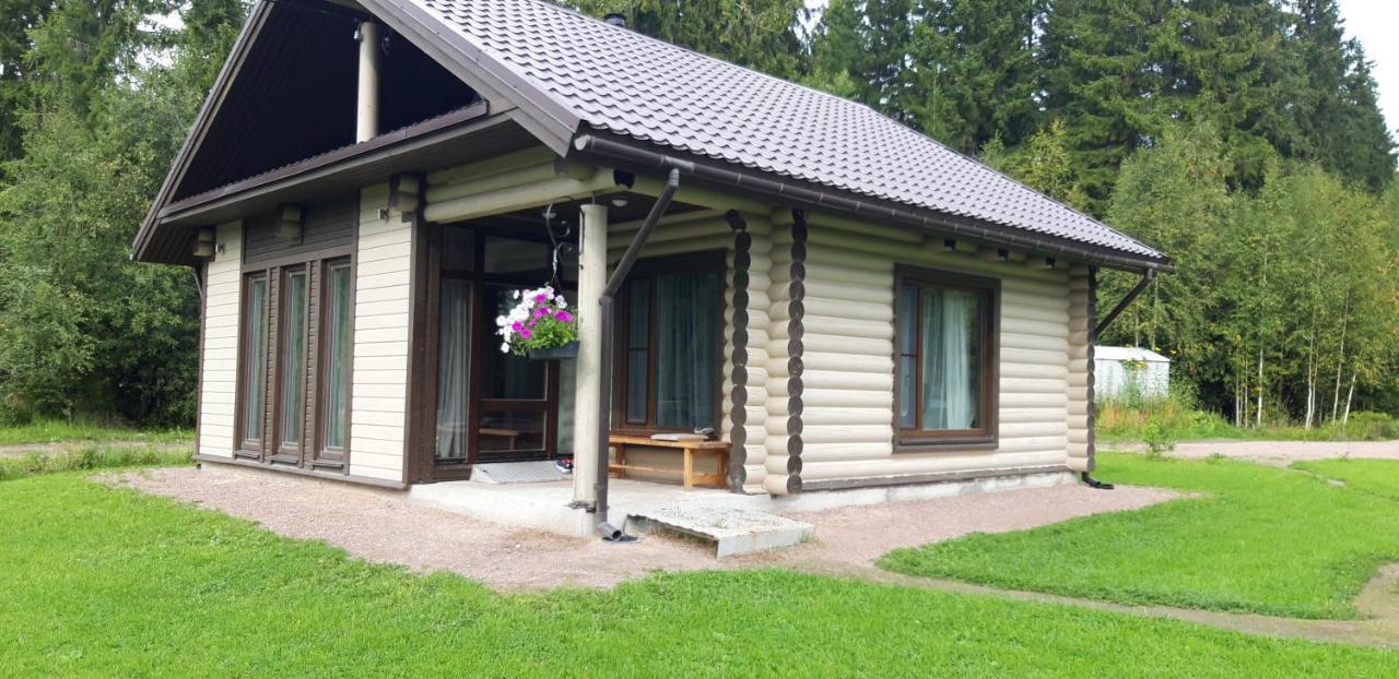 Дом для отпуска  Дом у реки  - отзывы Booking