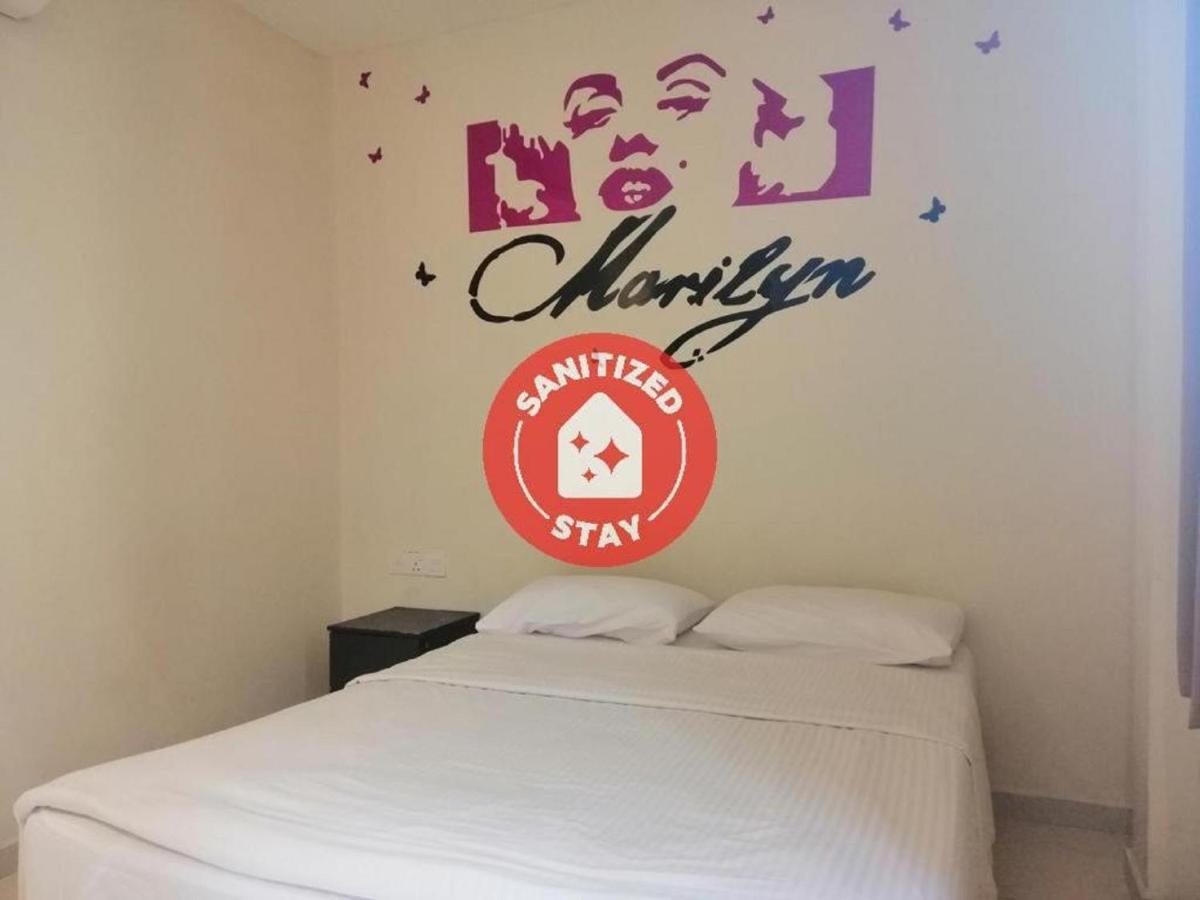 Отель  Отель  OYO 89810 In@hotel Taman Gaya