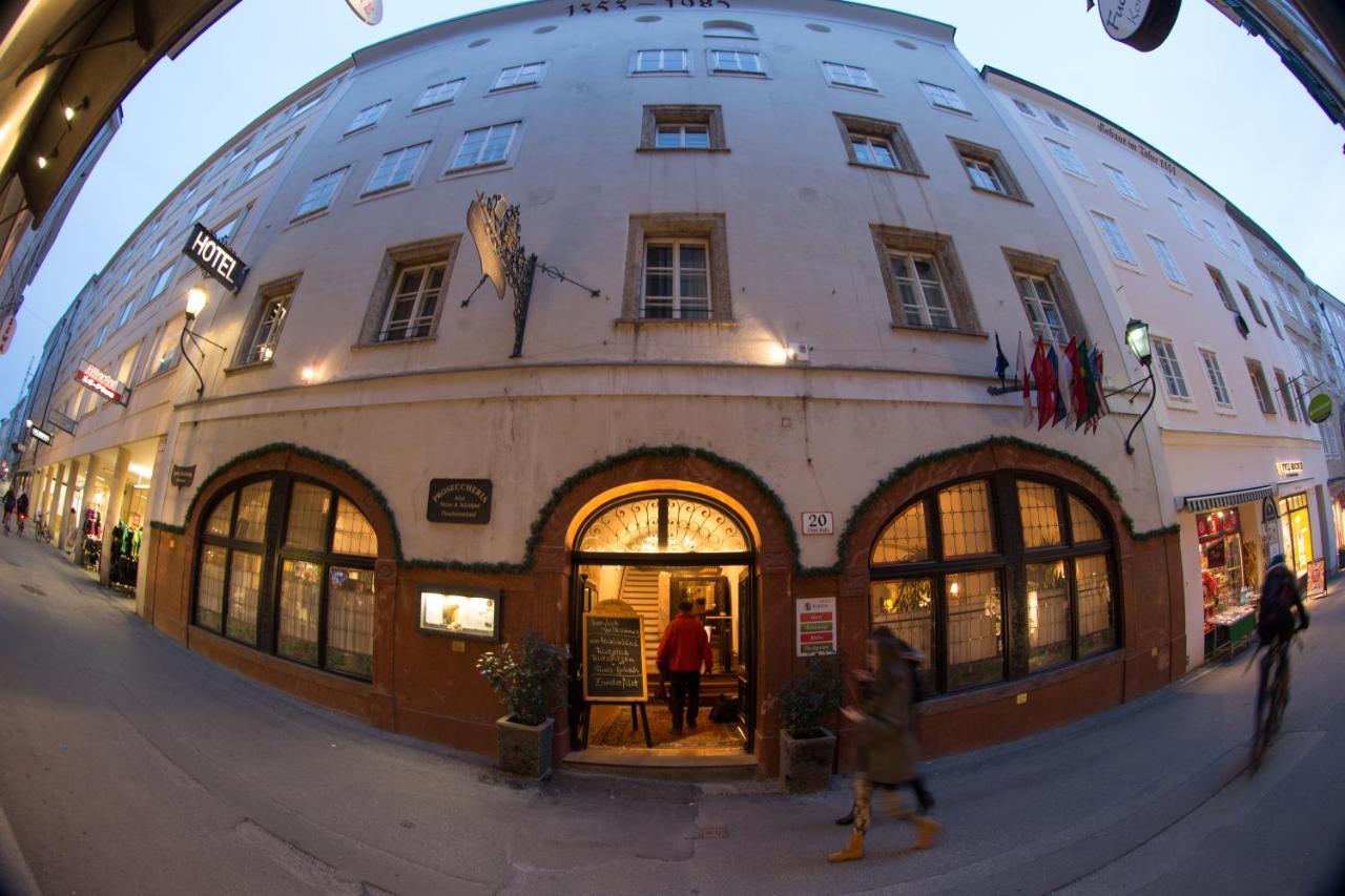 Отель Altstadt Hotel Stadtkrug - отзывы Booking