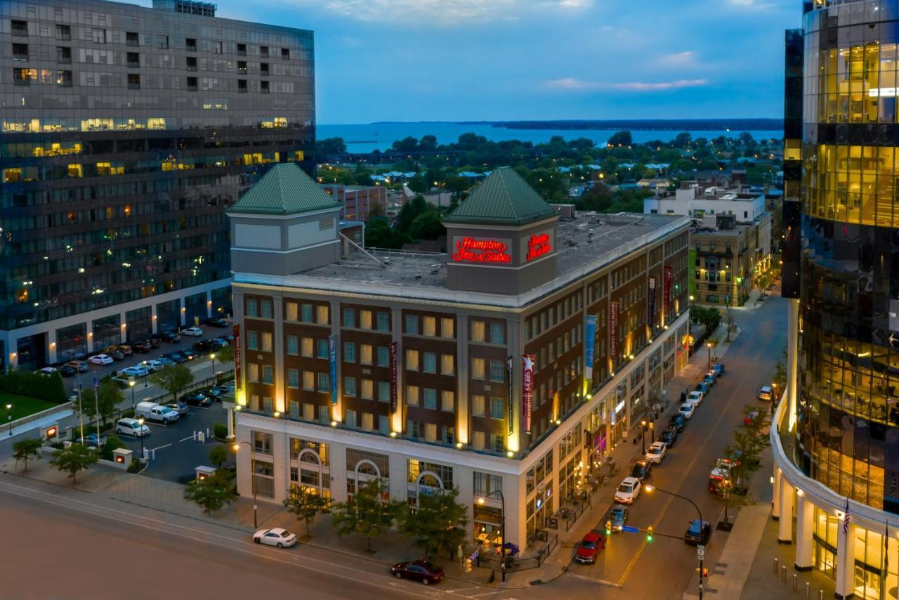 Отель  Отель  Hampton Inn & Suites Buffalo/Downtown
