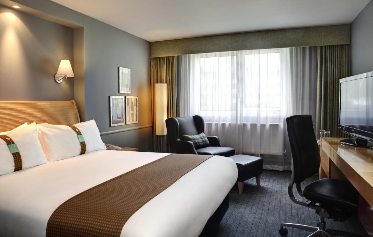 Отель  Holiday Inn Bristol Filton