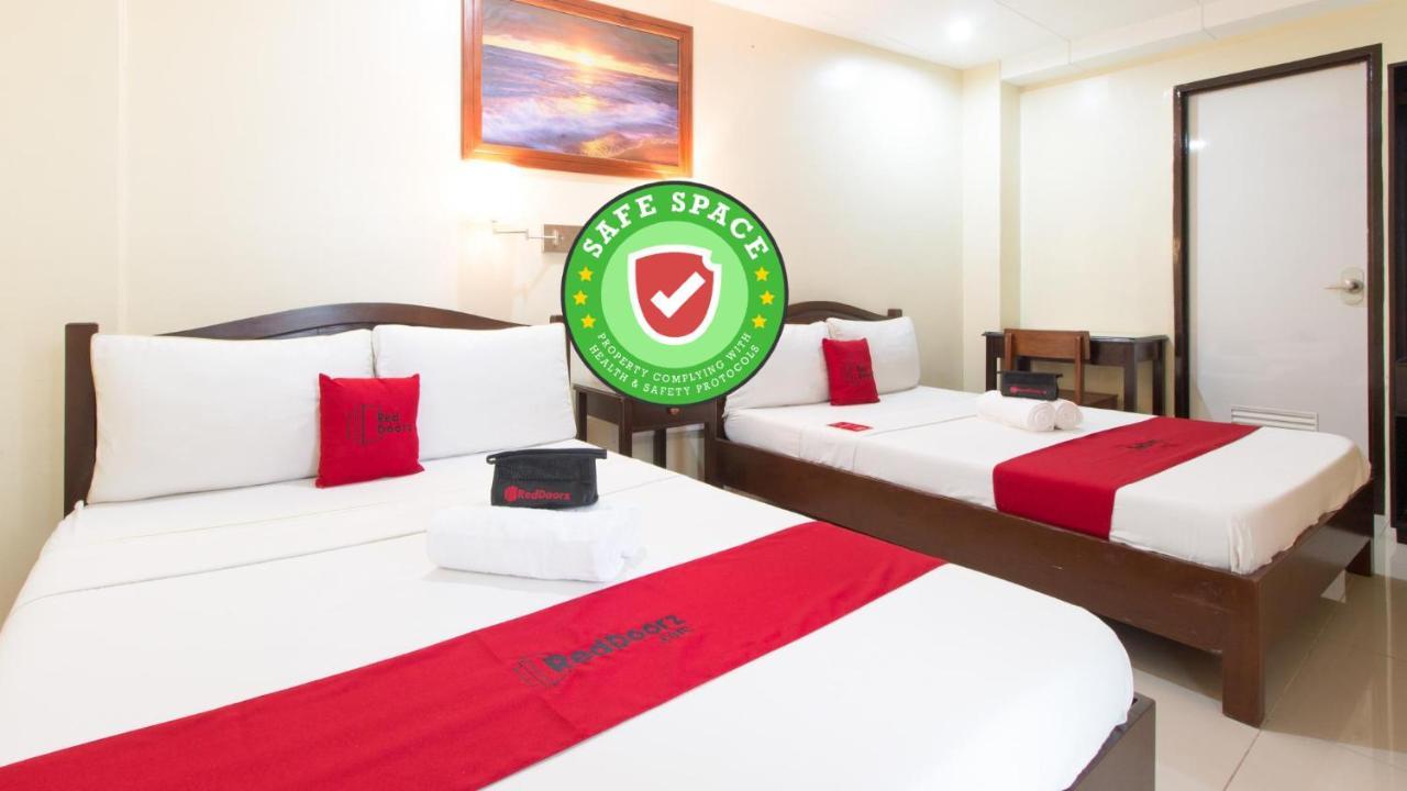 Отель  Отель  RedDoorz Near Sibulan Dumaguete Airport