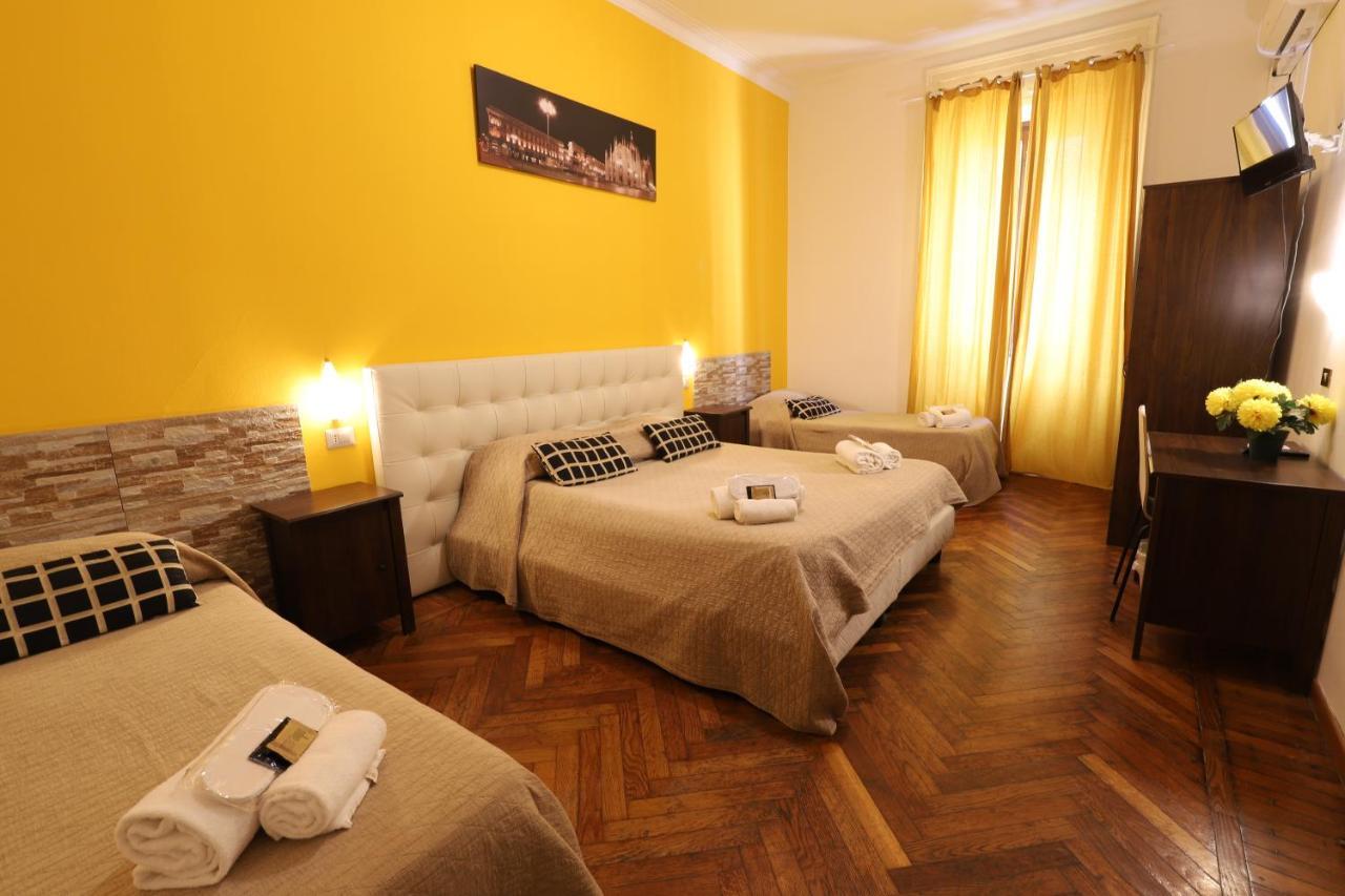 Отель  Hotel Carlo Goldoni